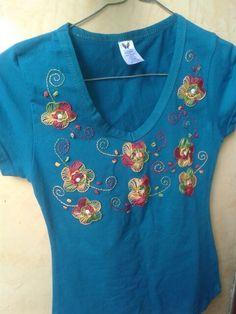 Blusa bordada en florez