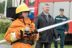 Юные спасатели за безопасность!  Белорусская молодежная общественная организация юных спасателей-пожарных существует с 14 октября 2001 года, когда произошло объединение между уже существующими клубами.   Подробнее: http://bobr.by/news/gai/136551.html