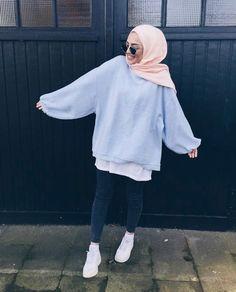Style hijab sweater 69 ideas for 2019 Modest Fashion Hijab, Modern Hijab Fashion, Street Hijab Fashion, Casual Hijab Outfit, Hijab Fashion Inspiration, Islamic Fashion, Hijab Chic, Muslim Fashion, Casual Outfits