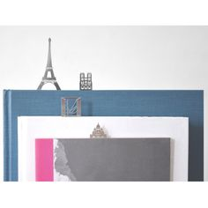 This set makes a great gift for architects, London lovers and visitor souvenirs.