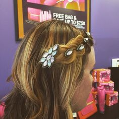 """Have you seen the latest hair accessory from @pinkpewter? Spice up your style with some #hairjewels #scbeautyguru #saloncentric #pinkpewter"""