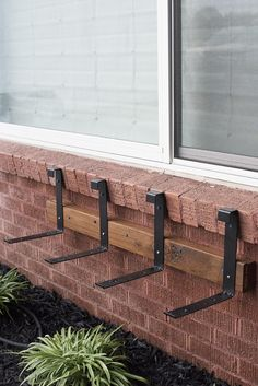 How to Install Window Flower Boxes - Room For Tuesday house window boxes How to Install Window Flower Boxes - Room For Tuesday Window Planter Boxes, House Front, Outdoor Living, House Exterior, Outdoor Projects, Front Yard, Outdoor Sconces, Diy Window, Curb Appeal