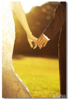 wedding pics and inspiration    http://blog.lizfields.com/