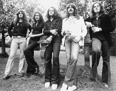 Deep Purple Rock and Roll Hall of Fame Drama Explained Deep Purple, Rock Bands, Purple Guitar, Jon Lord, Ted, Classic Blues, Classic Rock, Purple Band, Punk