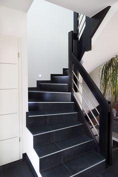r novation d 39 un escalier bois par habillage avec rampe inox r novation escalier pinterest. Black Bedroom Furniture Sets. Home Design Ideas