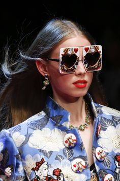 533306eb112 Vogue s Ultimate Sunglasses Guide Spring Summer 2018