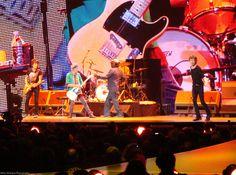 Ladies and Gentlemen, please welcome the Rolling Stones.