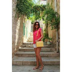 Colors of summer #miss_s_design #travel #croatia #seaside #island #vis #fashion #outfit #handmade #bag #yellow #boxbag #madeinBiH #bhproduct #style #trend #stylish #trendy #fashionista #ootd #lotd #potd #wearityourway #travelgram #summertime