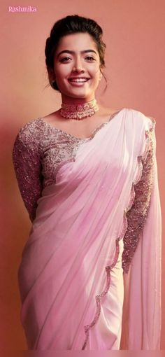 Beautiful Girl Photo, Beautiful Girl Indian, Beautiful Indian Actress, Beautiful Saree, Beautiful Women, Most Beautiful Bollywood Actress, Beautiful Actresses, Bridesmaid Saree, Stylish Sarees