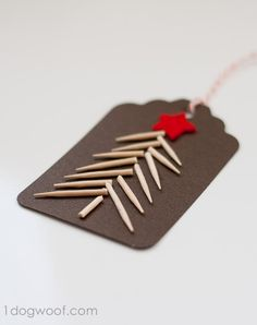 Christmas Gift Tags Day Toothpick Tree Use toothpicks to create a Christmas tree gift tag. Instructions at Use toothpicks to create a Christmas tree gift tag. Easy Diy Christmas Gifts, Homemade Christmas Decorations, Christmas Tree With Gifts, Holiday Gift Tags, Noel Christmas, Christmas Crafts, Christmas Wrapping, Xmas Trees, Christmas Ideas