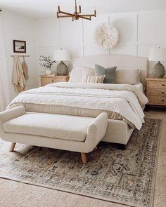 Room Ideas Bedroom, Dream Bedroom, Home Decor Bedroom, Master Bedroom Decorating Ideas, Serene Bedroom, Neutral Bedroom Decor, Master Bedroom Design, Airy Bedroom, Neutral Bedrooms