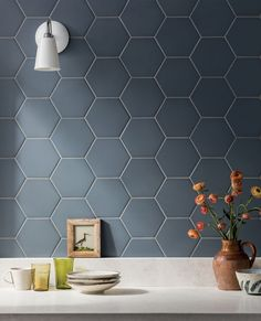 Porcelain Hexagon Tile, Hexagon Tiles, Bathroom Splashback, Backsplash, Indigo Walls, Toilet Tiles, Kitchen Bar Design, Mandarin Stone, Toilet Design