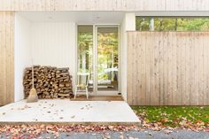 la SHED La Shed Architecture, Architecture Details, Relaxing Places, Farm Yard, House In The Woods, Cladding, Facade, Swimming Pools, Entryway