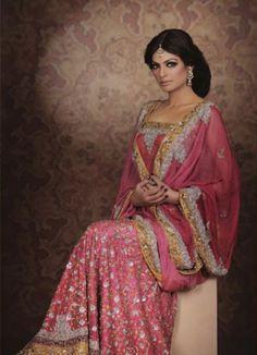 Top Pakistani Designers Bridal Wear 2012 Treat 4