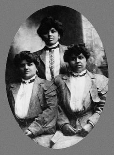 Louisiana Creoles who emigrated to Mexico to excape Jim Crow. After the American… Us History, African American History, Women In History, History Facts, Black History, Creole People, Louisiana Creole, Afro, French Creole