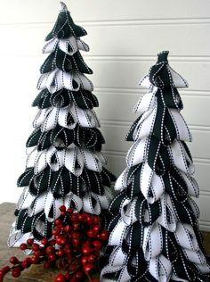 Ribbon Christmas tree decorations
