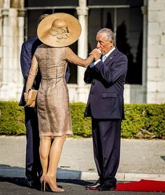 10 October 2017 - State visit to Portugal (day Lisbon - dress by Natan Dutch Queen, Royal Photography, Royal Tiaras, Dutch Royalty, Queen Maxima, Royal Fashion, Dressmaking, Style Icons, Netherlands