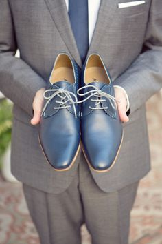 Blue leather shoes | Read More: http://www.stylemepretty.com/destination-weddings/2014/06/05/argentinian-elopement/ | Photography: Sarah Kate - www.sarahkatephoto.com/blog | Event Planning - instyleweddingsanddestinations.com