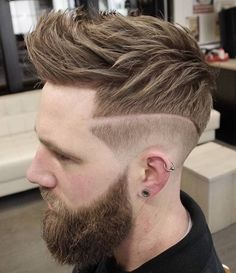 Trendy Undercut Hair Ideas for Men In Are you looking for different hairstyles or new hair ideas to try? Here is the gallery of simple and classic hairstyles which continues to be a trendi. Short Sassy Haircuts, Haircuts For Men, Short Hair Cuts, Short Hair Styles, Crop Haircut, Fade Haircut, A Line Hair, Global Hair, Really Short Hair