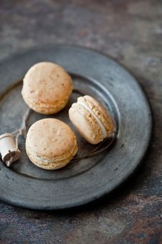 carrot cake macarons! in one step, you dehydrate little carrots and grind them into delicious carrot dust.