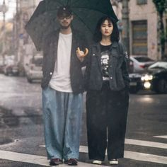 Harajuku Mode, Harajuku Fashion, Japan Fashion, 90s Fashion, Korean Fashion, Fashion Outfits, Couple Outfits, Japanese Street Fashion, Retro Outfits