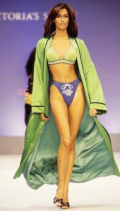VS Fashion Showの歴史 1995~1997 の画像|♡ゴシップ ガールのミーハー日記♡パパラッチ画像・海外セレブ・ゴシップ・流行モノ大好きなHappy Life♡