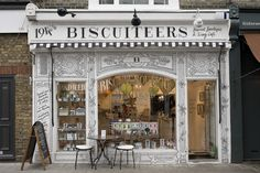 The Biscuiteers boutique in Notting Hill -obsessed. How amazing is that facade? Store Concept, Notting Hill, Hotel Restaurant, Café Bar, Construction, Cafe Shop, Shop Fronts, Shop Around, London Calling