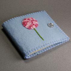 Pink Felt Hydrangea Needle Book   Flickr: Intercambio de fotos