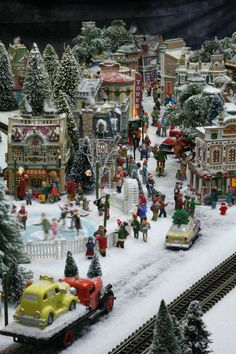 Stunning pictures of artist Richard Coyne's full-motion Christmas re-creation of three different eras. It took Richard 600 hours to bring the scenes to life. (Courtesy of Richard Coyne)