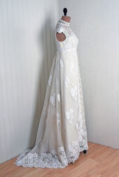 Wedding Gown, Priscilla Kidder, Boston: 1960's, Chantilly lace appliqued sheer illusion net/tulle.