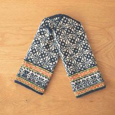 ラトビアで見つけた手編みミトン Mittens Pattern, Fair Isle Knitting, Knitting Patterns, Gloves, Mexico, Sweaters, Fashion, Tricot, Moda