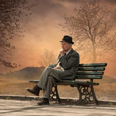 Bilderesultat for - Caras Ionut - Latest photos Old Couples, Couples In Love, Alone Photography, Street Photography, Old Couple In Love, Drapery Drawing, People Sitting, Background Pictures, Buy Prints