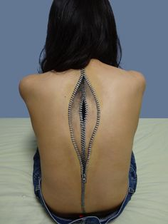 Here's a tattoo for you, Tams! Zipper back: Incredible Illusionary Makeup Body Art by Japan's Choo-San