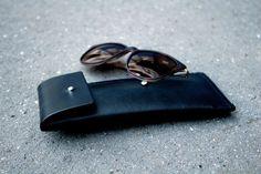 SILLEKNOTTE - handmade leather - Cover for (sun)glasses