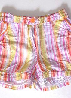 À vendre sur #vintedfrance ! http://www.vinted.fr/mode-enfants/shorts-et-pantalons/23443512-short-fille-raye-68-ans