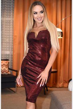 9acdf58708ed Fashion e-Shop Νέες Παραλαβές Φόρεμα μίντι μεταλιζέ με V - Κόκκινο -