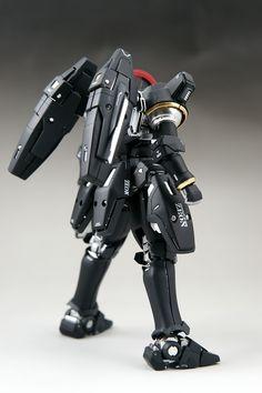 GUNDAM GUY: MG 1/100 Tallgeese Black - Painted Build