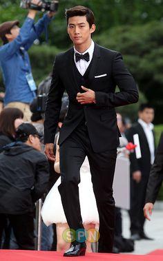 classy Taecyeon <3