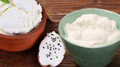 How to get slim by eating yogurt all day long? Here is the yogurt diet. Shock Diet, Boiled Chicken, Light Snacks, Chamomile Tea, Homemade Yogurt, Plain Yogurt, Fruit In Season, Feta, Pudding