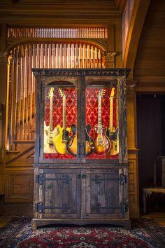 Guitar Display Cabinet - Joel Paul Design More