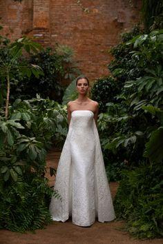 Wedding Dress Backs, Country Wedding Dresses, Gorgeous Wedding Dress, Wedding Dress Sleeves, Colored Wedding Dresses, Best Wedding Dresses, Bridal Dresses, Wedding Gowns, Wedding Hijab