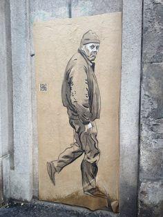 Strange meeting Rue Vieille du Temple @Paris Street Art