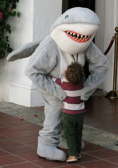 You can get your picture taken with #Toothy the #Shark at #SeaCenter SAT. JUNE 6 10AM-3PM during the World #Oceans Day Celebration Festivities / lots of events for all ages / Free with admission / Ticketed sunset lecture with Dr. #ChrisLowe of #SharkLab