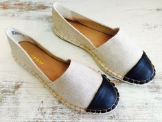 Cute flats with a leather toe