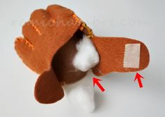 フェルトの野球グローブの作り方と無料型紙をスマホで印刷する方法 Winter Hats, Crochet Hats, Knitting Hats