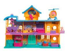 "Disney Junior Doc McStuffins Toy Hospital Playset - Toys""R""Us Toys R Us, Kids Toys, Baby Toys, Barbie Ballet, Barbie Doll, Doc Mcstuffins Toys, Pet Vet, Disney Junior, Christmas Toys"