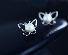 Gorgeous S925 Butterfly Ear Studs with Natural Shell Pearl #pearl #butterfly