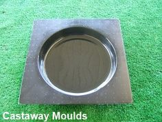 Round Stepping Stone Paver Mould - Make Your Own Stepping Stones - Concrete Round Pavers, Round Stepping Stones, Stepping Stone Pathway, Stepping Stone Molds, Paving Stones, Pebbles For Sale, White Gravel, Paving Design, Stone Landscaping