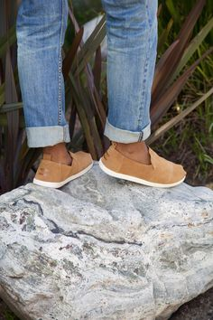 TOMS Toffee Suede Men's Deconstructed Alpargatas. With a comfort insole and unlined suede they're a lightweight choice for everyday.