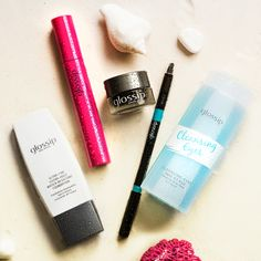 Don't give up your makeup during hot summer days! Discover our waterproof selection.
